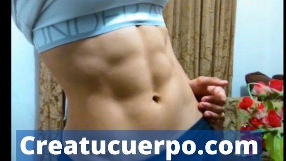 abdomen plano y marcado
