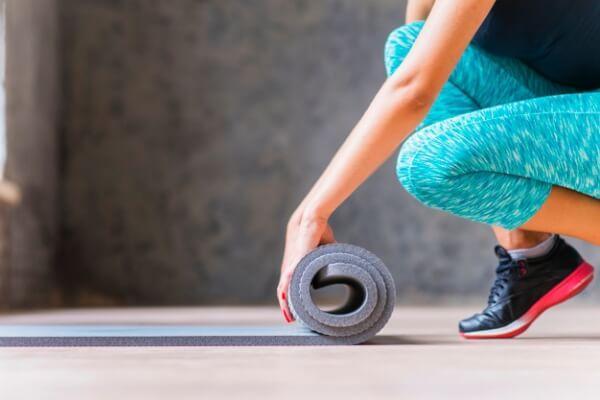 ejercicio en casa sin equipo