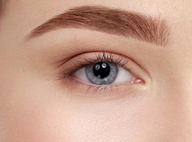 depila tus cejas para estar guapa sin maquillaje