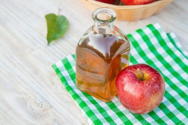 vinagre de sidra de manzana para reducir las arrugas