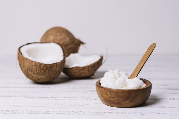 10 beneficios del aceite de coco que la industria te está ocultando