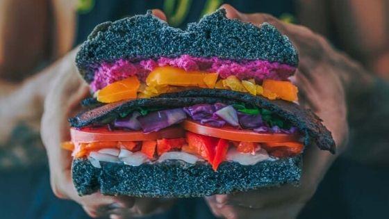 ¿De que alimentos sacan los veganos sus proteínas vegetales?