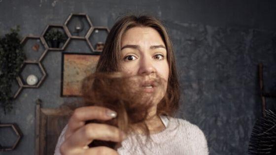 Como empieza la caída del cabello en mujeres