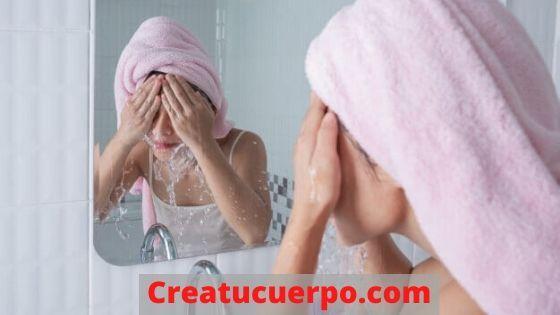 Tu piel grasa necesita más cuidados que solamente lavarla con agua