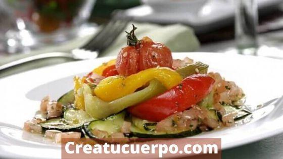Ensalada de verduras asadas para una cena espectacular, rápida y sana