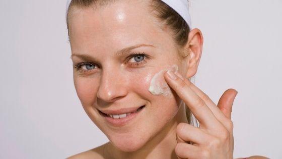 Mejor crema hidratante para la piel grasa