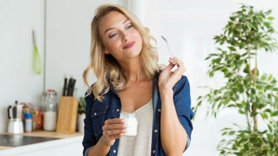 ¿Cuántas veces debo comer al día para bajar de peso rápido?
