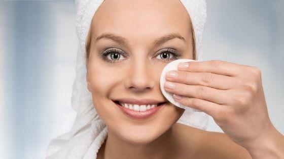 ¿Cómo cuidar la piel de la cara grasosa?