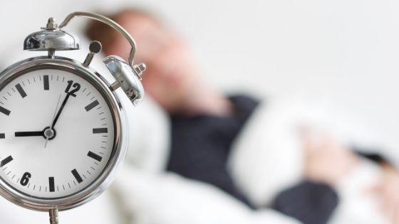 ¿Qué pasa si duermo 8 horas seguidas?