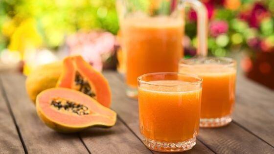 comer papaya es muy bueno por que tiene mucha vitamina C