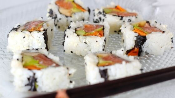 Sushi uramaki o California roll